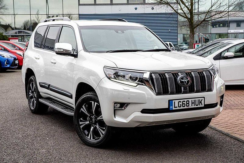 Toyota Land Cruiser Invincible (NAVIGATION, LEATHER SEATS, BLUETOOTH, REVERSE CAMERA) 2.8 D-4D 4X4 Invincible 177bhp 7st 5D